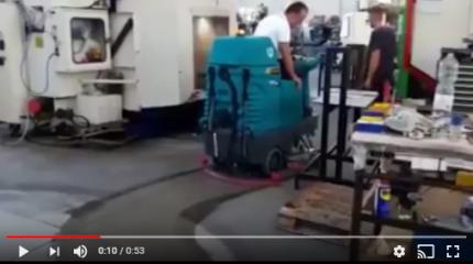 lavapavimenti Eureka in officina meccanica